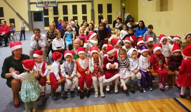 Rūķu Ziemassvētki Variešu sākumskolā