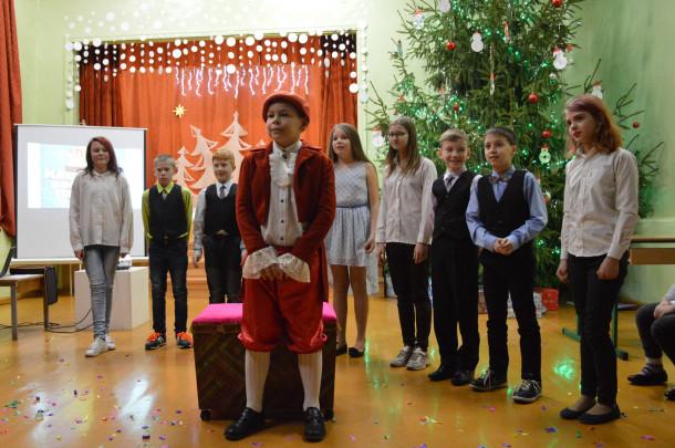 Ziemassvētku jampadracis Atašienes vidusskolā