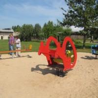 Rotaļu laukuma atklāšana Vīpē