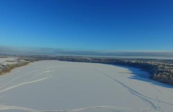 23. janvārī Baļotes ezerā būs pieejama bezmaksas slēpošanas inventāra noma
